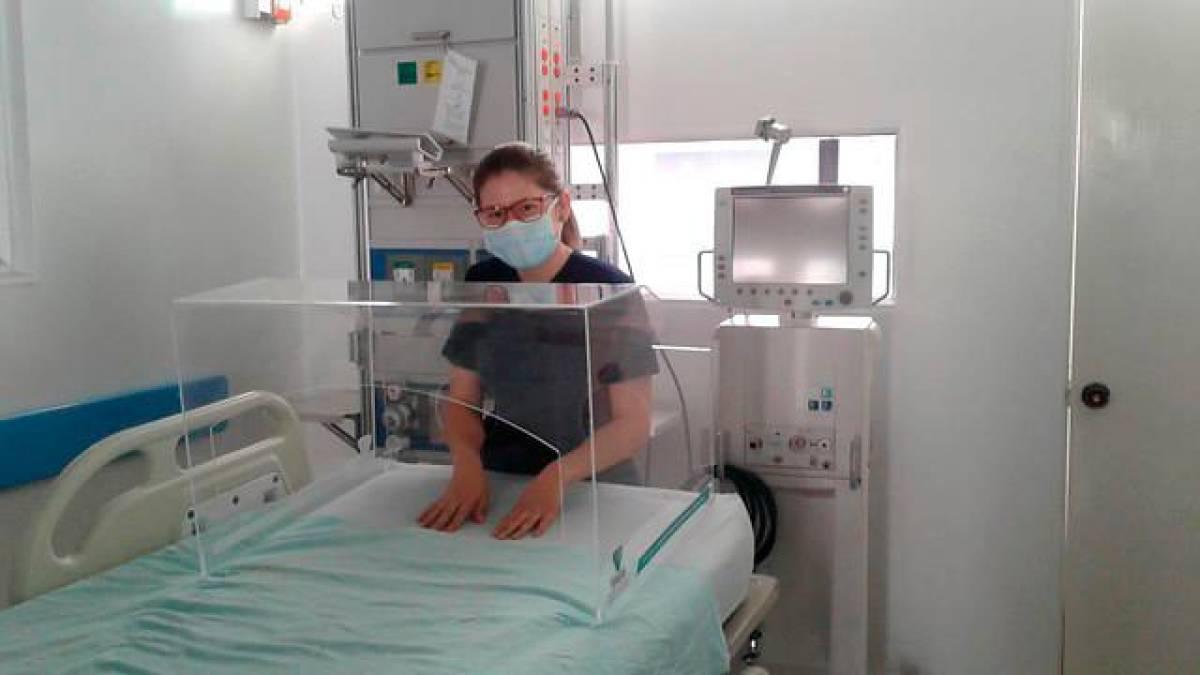 200 cabinas de seguridad fueron donadas a 160 hospitales del país